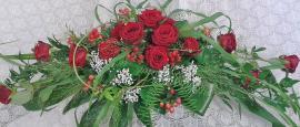 Florale Ausgestaltung Ihrer Hochzeitsfeier: Brautstrauß, Anstecker, Tischdeko, Raumdekoration, usw.